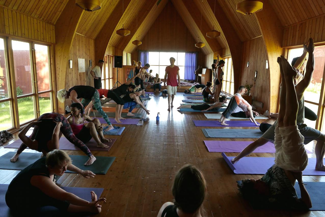 yoga retreat sverige